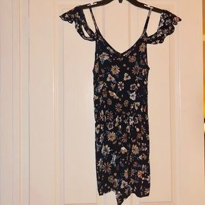 Floral romper with off the the sleeves